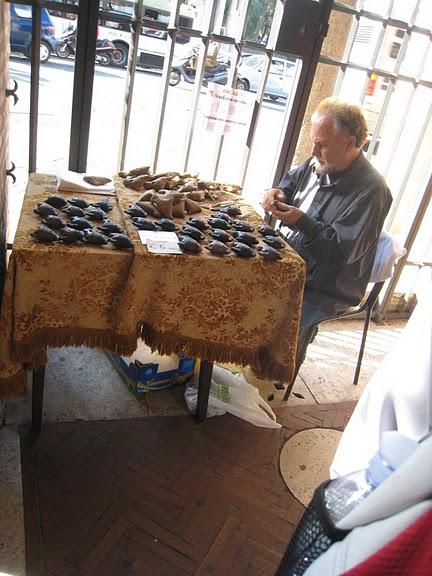 Bocca della Verita 的賣笛人