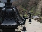 奧之院(奥之院)前的金燈籠(金灯篭)