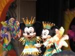 表演中的Mickey & Minnie