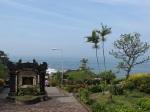 再往前就是Pura Luhur Tanah Lot